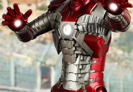 Figura Iron Man 2 Mark V de Slideshow