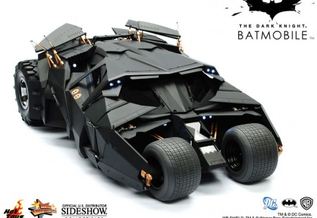 Réplica del Batmobil de The Dark Night Escala 1/16