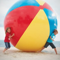 Giant-Beach-Ball-3-600x600