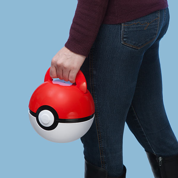 jolo_poke_ball_lunch_case_inhand